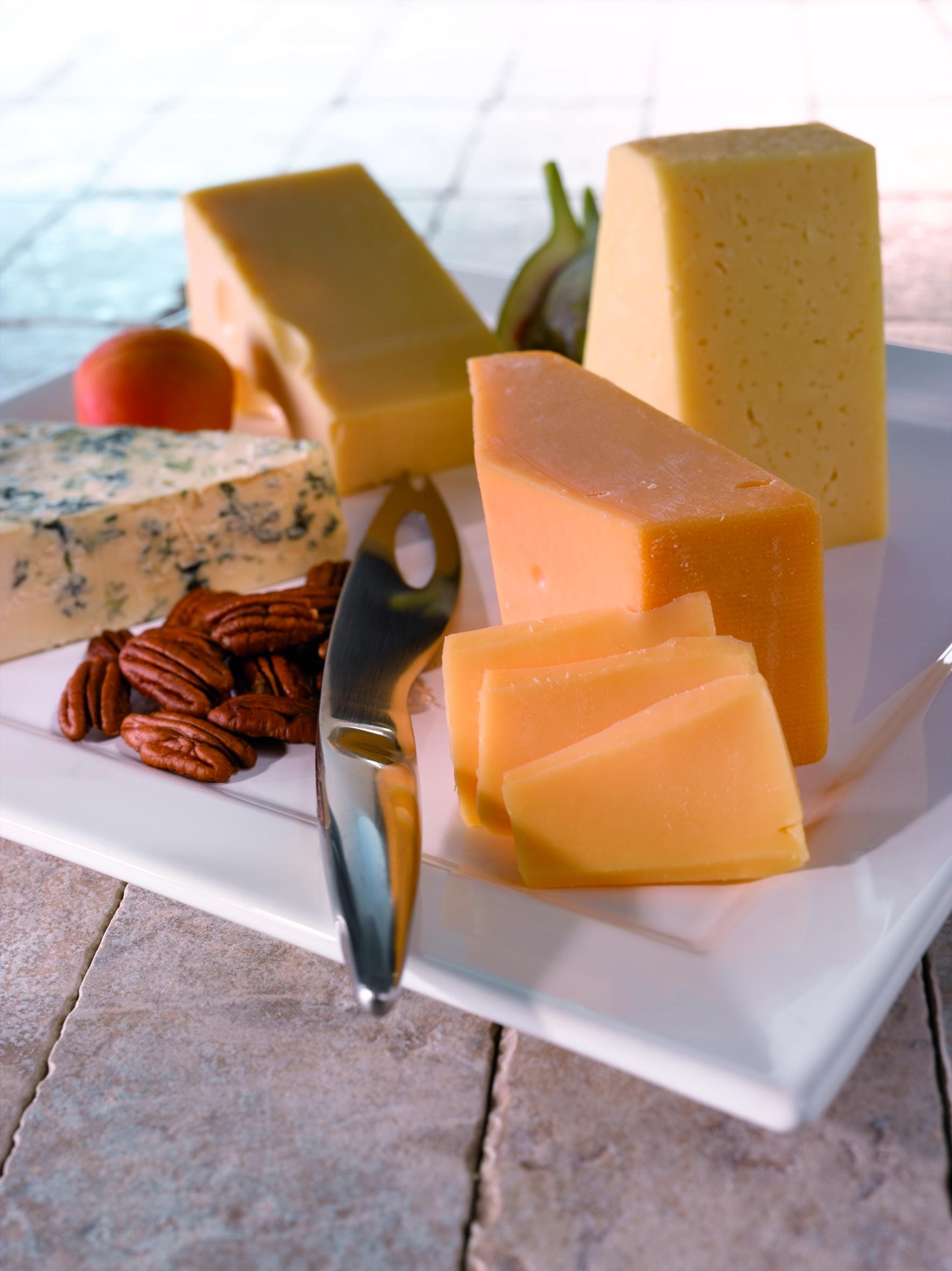 Gruyere tyyppinen juusto